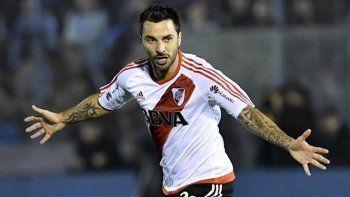 Ignacio Scocco reaparecerá esta tarde en la formación titular de River.