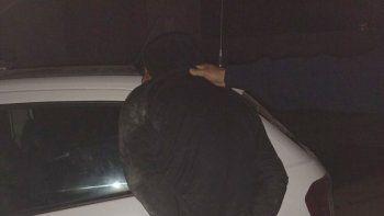Los policías lograron detener a dos sospechosos durante la madrugada del viernes.