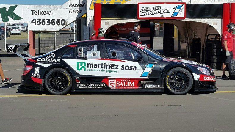 El Mercedes de Agustín Canapino en la zona de boxes tras ser el mejor en la clasificación del Top Race.