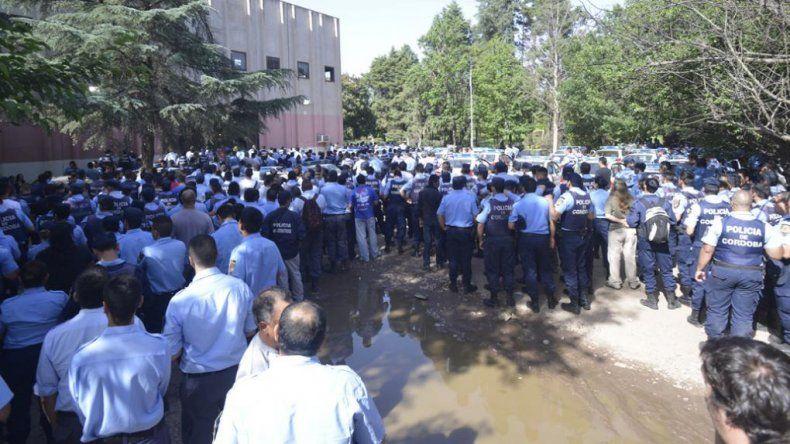Mañana se inicia en Córdoba un juicio contra 56 policías por sublevación