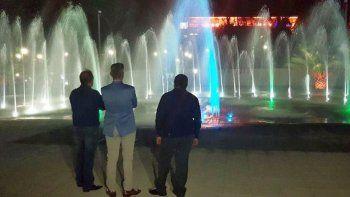quedo inaugurada la fuente de aguas danzantes en el parque saavedra