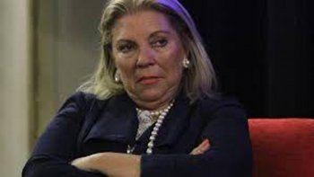 Elisa Carrió cuestionó a Mauricio Macri y tildó de criminales a Hugo Moyano y su hijo Pablo.