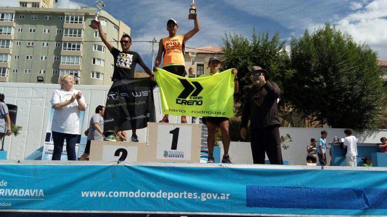 El podio de los caballeros donde el ganador fue José Chaile.