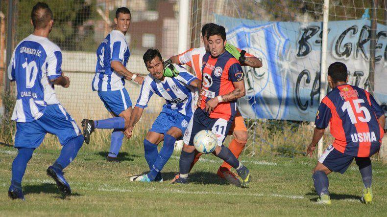 USMA y Catamarca FC dejaron las emociones para los últimos minutos en el estadio municipal de Caleta Olivia.