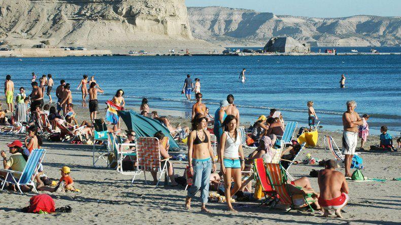 La FECh presentó el plan de turismo al Gobierno
