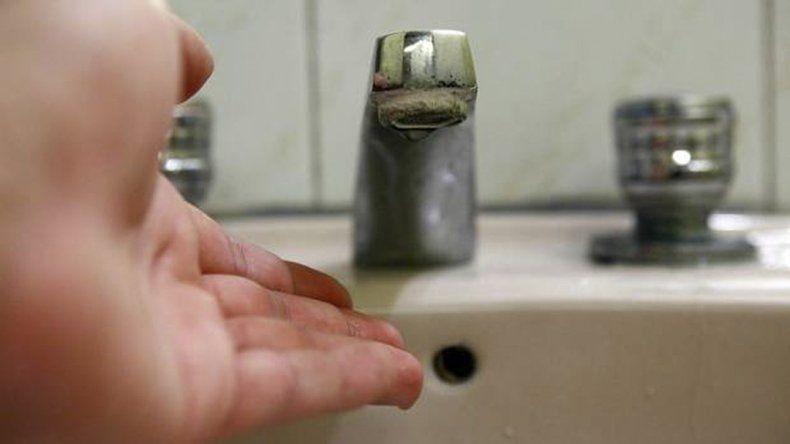 Mañana habrá corte de agua en tres barrios