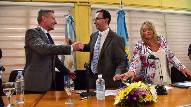 Arcioni acompañó a Maderna en la apertura de sesiones del Concejo Deliberante