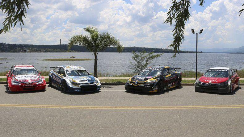 Cuatro de las máquinas que estarán cuando dé comienzo en Córdoba el nuevo campeonato del Super TC2000.