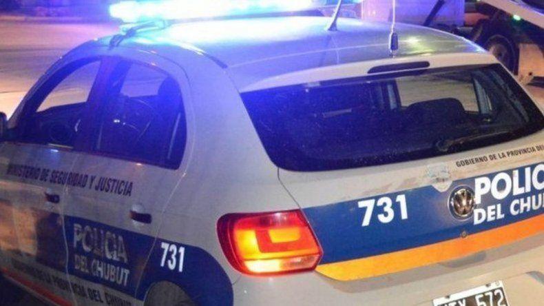 Piedrazos, detenidos y dos policías heridos en el barrio San Martín