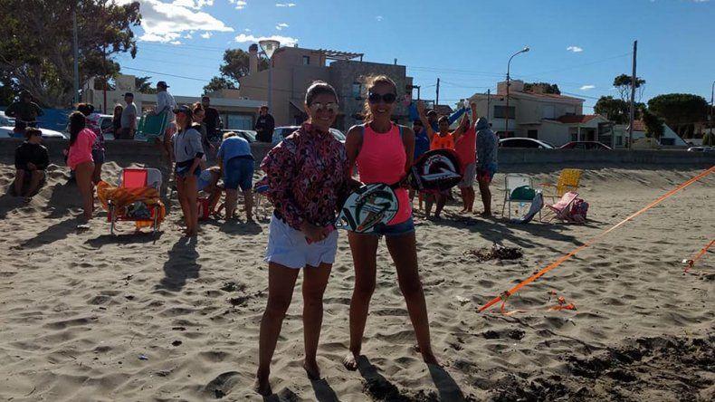 Cecilia Molina y Cintya Ritchie de Trelew fueron las campeonas en damas libres.