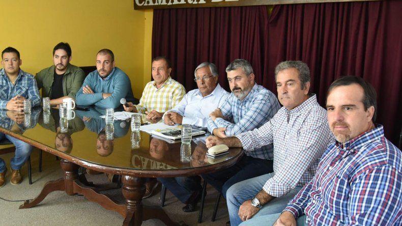 Referentes de la Cámara de Comercio y de Uniones Vecinales dieron a conocer el petitorio a las máximas autoridades nacionales y provinciales