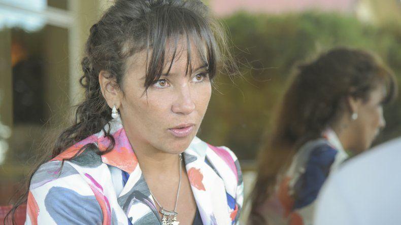 La diputada Cecilia Torres Otarola gestiona la llegada de Eduardo Duhalde a Chubut.
