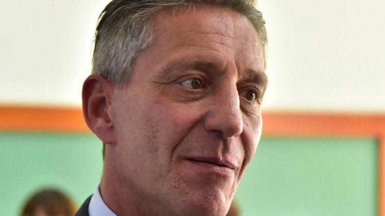 Arcioni separará a funcionarios que no presenten declaración jurada de bienes