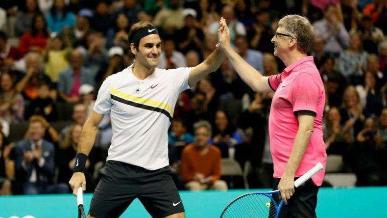 Federer jugó un partido a beneficio junto a Bill Gates