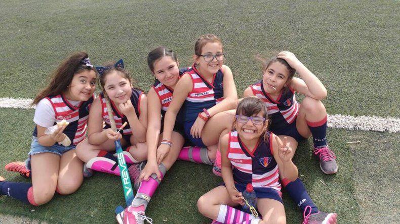 El sábado comienzan las actividades del hóckey infantil en la cancha de material sintético de Comodoro Rugby Club.