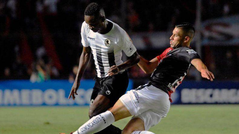 Colón derrotó al Zamora y pasó a la segunda ronda