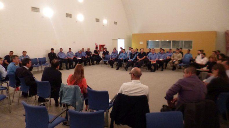 Se concretó una reunión de trabajo entre Fiscales y jefes Policiales