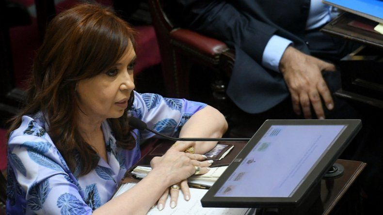 CFK presentó un proyecto para que los funcionarios no puedan tener offshore