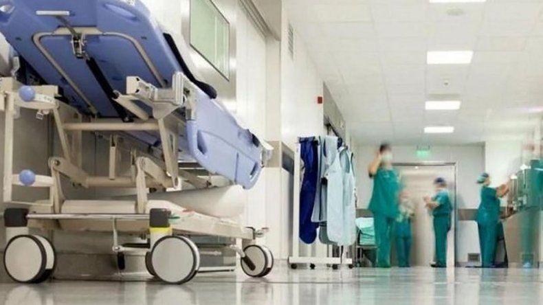El proyecto apunta a que argentinos también reciban asistencia médica gratuita en el extranjero en caso de urgencias.