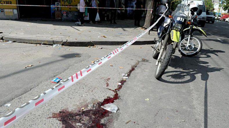 Un niño de 11 años murió por un tiro en un incidente con dos policías