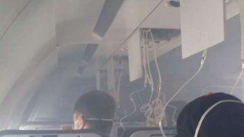 un avion que iba a calafate debio regresar por presencia de humo en la cabina