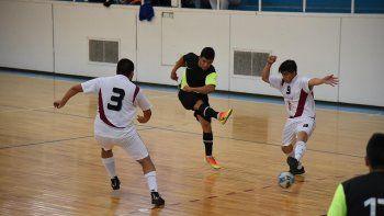 Esta tarde y mañana continuará la definición del torneo Clausura de fútbol de salón.