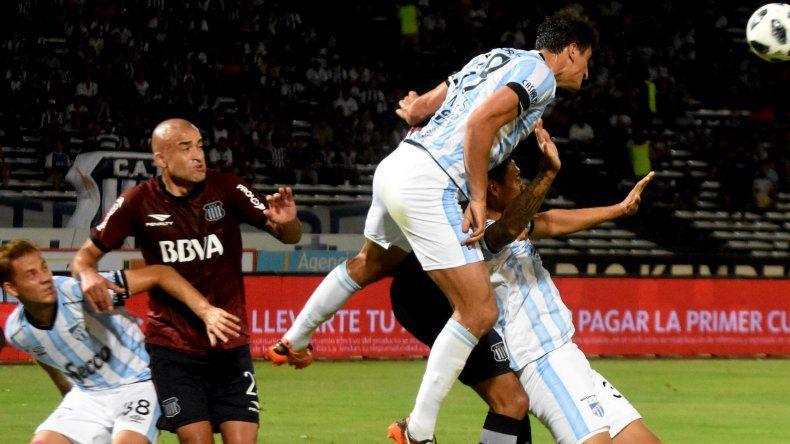Talleres de Córdoba dio vuelta un partido complicado ante Atlético Tucumán y le mete presión a Boca