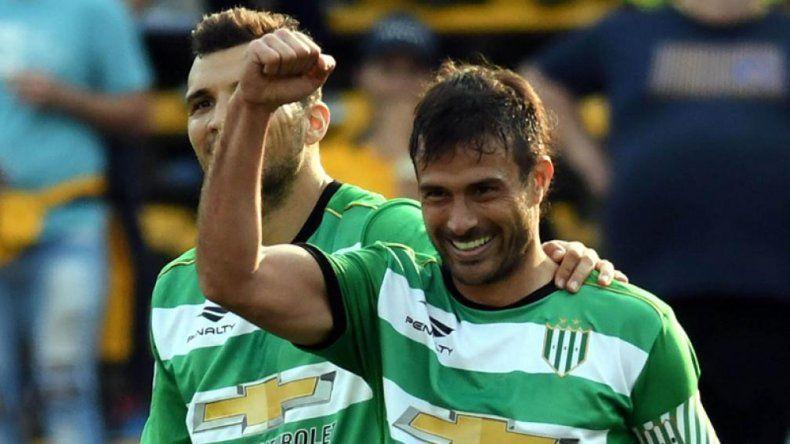 Banfield venció a Gimnasia en el Bosque por la Superliga