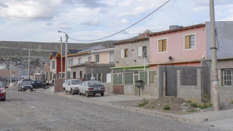 Roban como pirañas en el barrio San Cayetano
