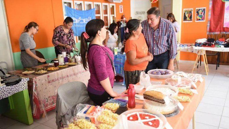 Las Ferias Comunitarias comenzaron ayer en el Centro de Promoción Barrial San Martín con 45 stands de productores locales.