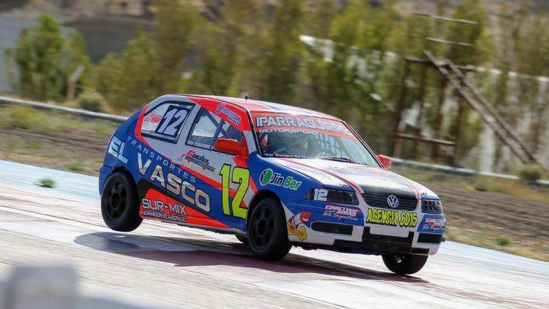 El radatilense Francisco Iparraguirre fue el ganador de la segunda serie del TP 1.100cc ayer en el autódromo General San Martín.