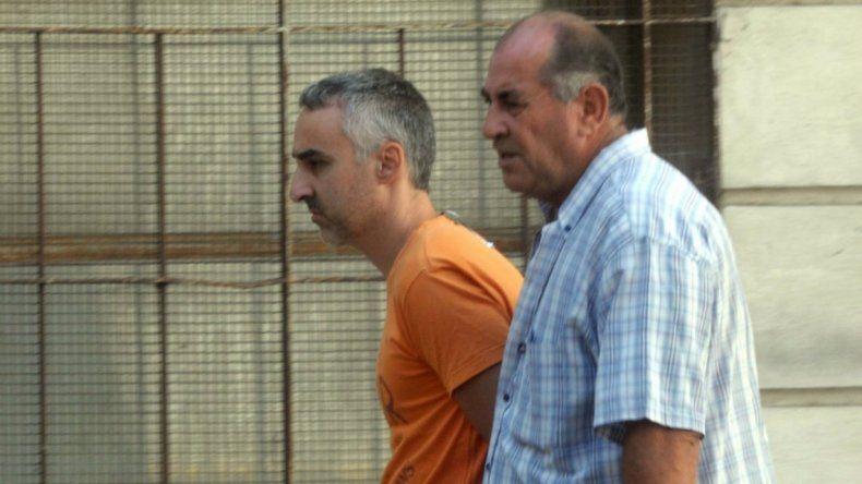 Se declaró inocente el hombre acusado de tirar por un balcón a su hijo