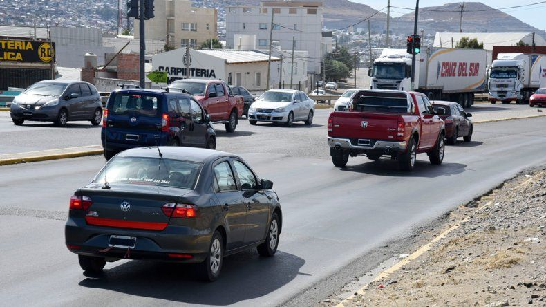 La joven que denunció al remisero por abuso sexual se arrojó del auto en movimiento en Yrigoyen y Constituyentes.