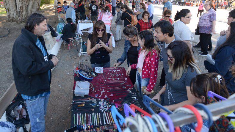 En el Parque Huergo se realizó la primera Feria de Productores de Comodoro Rivadavia.