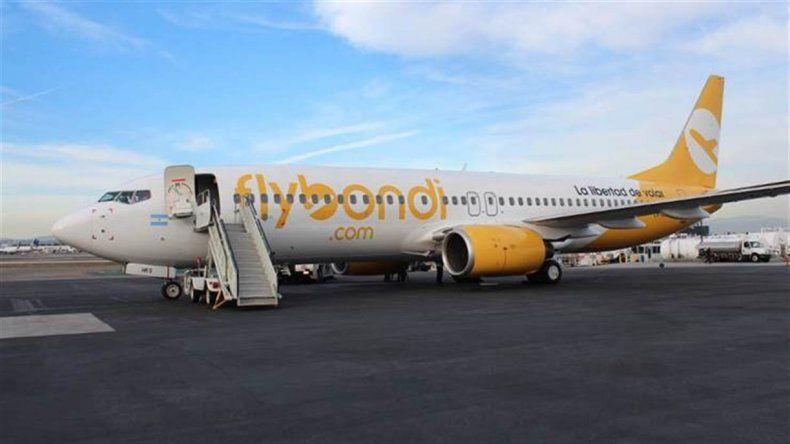 Flybondi tiene que reprogramar 72 vuelos
