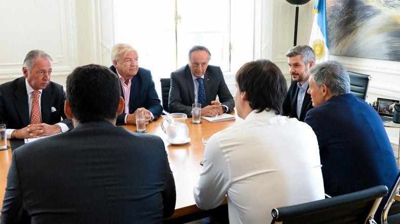 La cúpula de la Unión Industrial Argentina se reunió ayer con el ministro de Producción