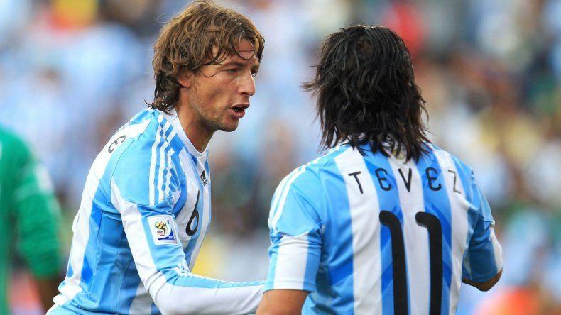 Tevez y Heinze deberán explicar la vinculación con Lázaro Báez