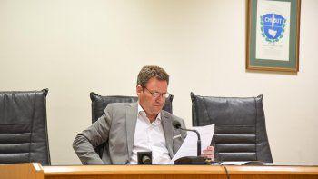 El juez Alejandro Soñis ayer rechazó la condena de 6 años de prisión para el imputado de violar a su hija.