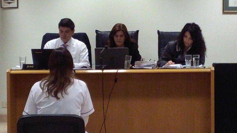 Entre los testimonios de ayer estuvo el de la forense que tuvo a su cargo la autopsia de Débora Martínez.