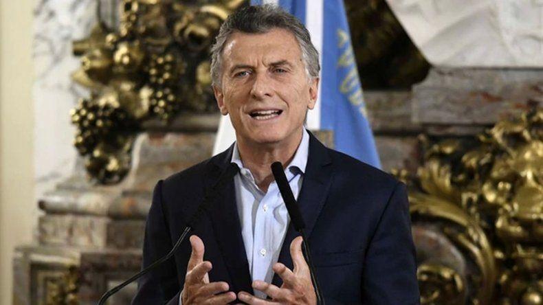 Macri les pidió a los hinchas que sepan perder