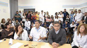 La conferencia de prensa que ayer brindaron los médicos.