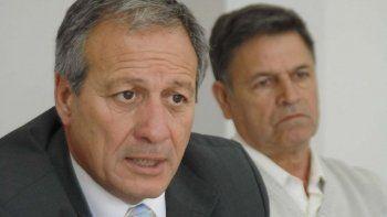 el ministro hernandez hoy se reunira con directivos  del hospital regional