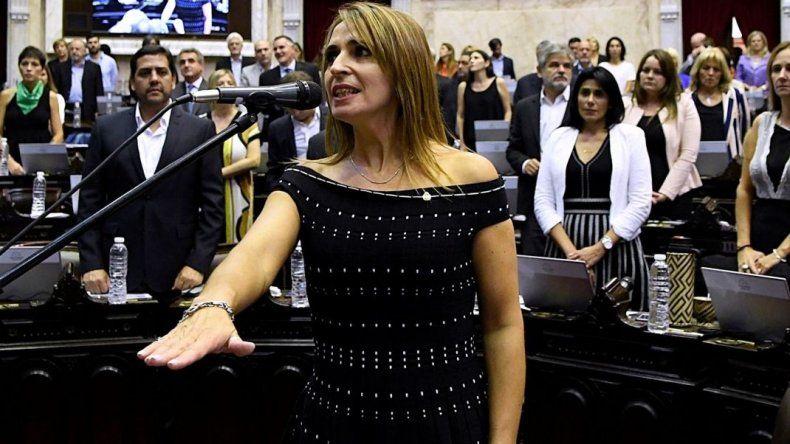 Nadia Ricci asumió como diputada nacional en reemplazo de Roquel