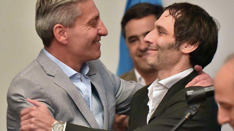 Arcioni le tomó juramento a Miguel Ángel Arnaudo, nuevo titular del ISSyS