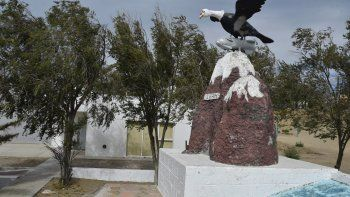 La sede de los excombatientes se encuentra en la Plaza Malvinas Argentinas. En el curso de los últimos días fue objeto de vandalismo.