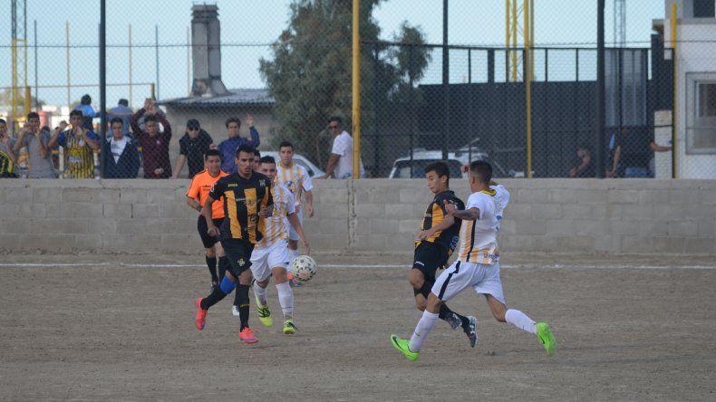 Rada Tily viene de vencer como local 2-1 a Oeste Juniors.