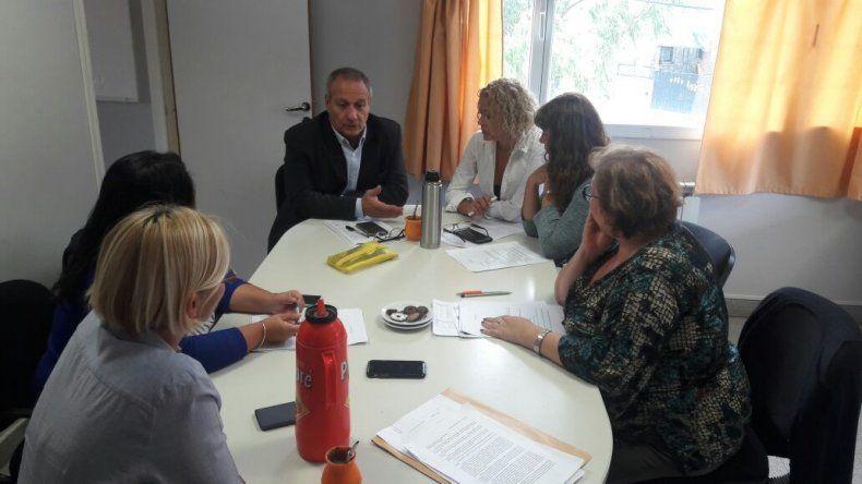 El encuentro que el ministro de Salud mantuvo ayer con directivos del Area Programática Sur y del Hospital Regional.