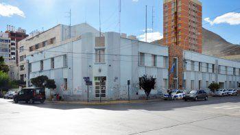 La Unidad Regional de Policía fue allanada el miércoles en busca de los elementos denunciados como robados por el ciudadano.