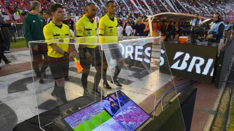 La FIFA aprobó el uso del VAR  en el Mundial de Rusia 2018