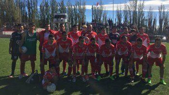 Deportivo Sarmiento derrotó 2-1 como local a Independiente de Puerto San Julián, en el partido de ida de cuartos de final del Federal C.